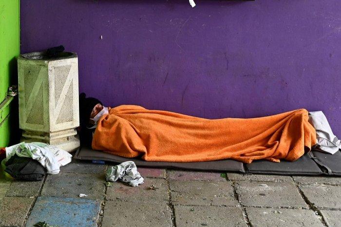 Ilustračný obrázok k článku Protest proti ubytovni pre bezdomovcov: Nechceme ju vedľa školy, odkazujú ľudia mestu