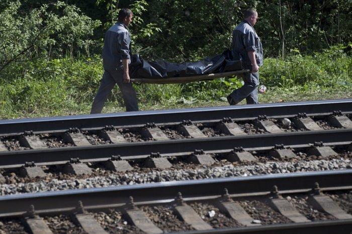 Ilustračný obrázok k článku Na železnici pri Žiline našli bezvládne telo muža: Polícia prosí o pomoc pri vyšetrovaní