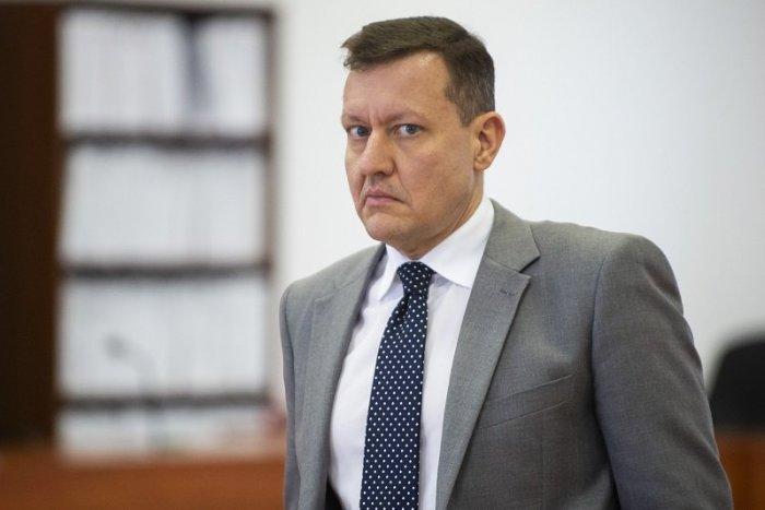 Ilustračný obrázok k článku Rázny krok špeciálneho prokurátora: Lipšic podal na súd obžalobu na zločineckú skupinu
