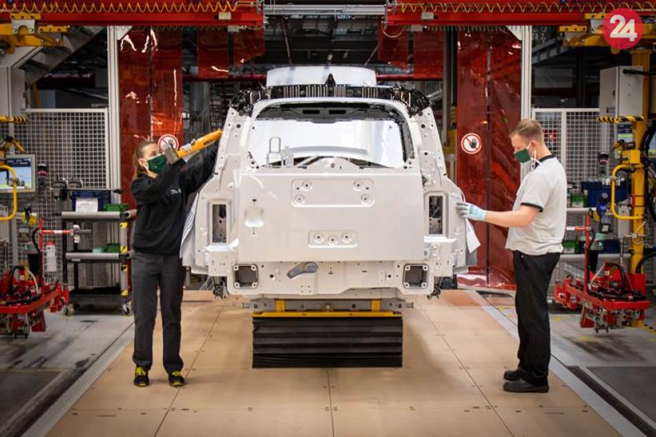 Ilustračný obrázok k článku Jaguar spustil nábor: Nitrianska automobilka hľadá stovky nových pracovníkov