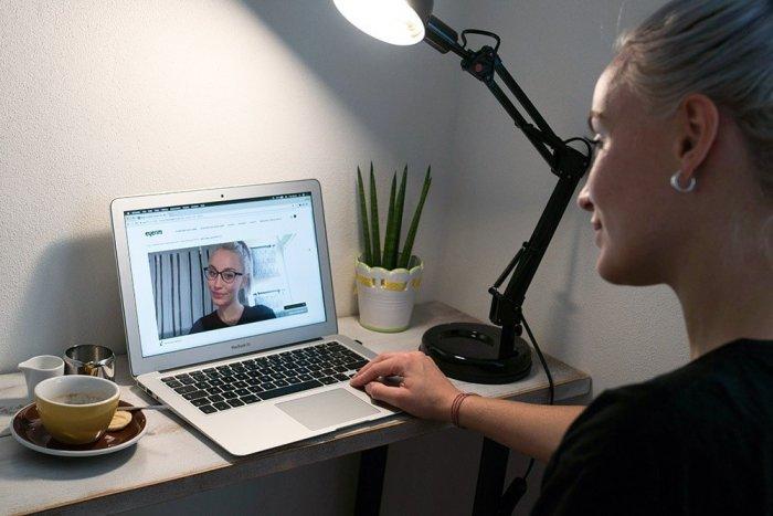 Ilustračný obrázok k článku Okuliare cez internet? Slovenská firma preráža s novou aplikáciou a super cenami!