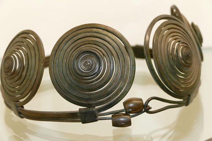 Ilustračný obrázok k článku Pád slovenskej Tróje: V Nových Zámkoch si pozrieme vzácne nálezy z doby bronzovej