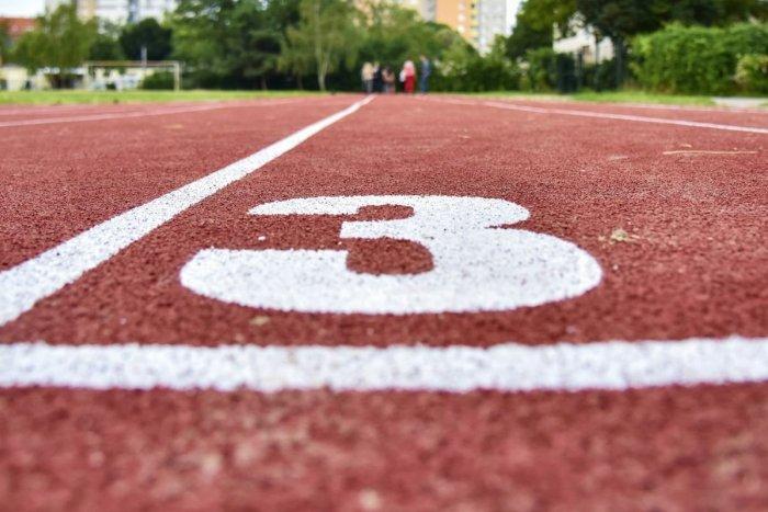 Ilustračný obrázok k článku Atletický štadión v Prievidzi sa vynoví: Spĺňať má medzinárodné kritériá