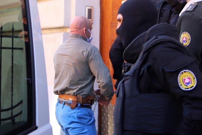 Ilustračný obrázok k článku Mosnára obvinili z pokusu o vraždu exprimátora Hurbanova Basternáka