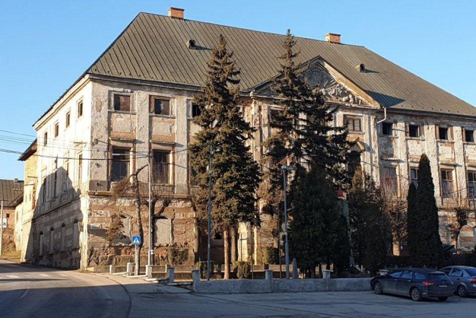 Ilustračný obrázok k článku Kaštieľ v Jelšave opäť opeknie: Obnova pokračuje 3 projektmi