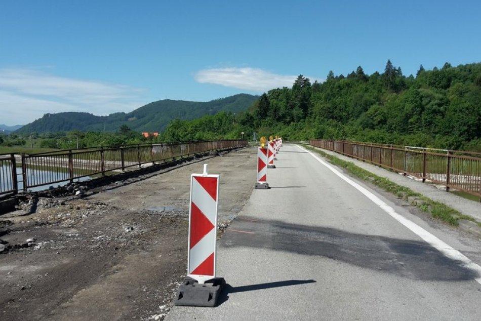 Ilustračný obrázok k článku Most v Podvaží uzavrú nakoniec neskôr: Niektoré autobusy RUŠIA, iné sa menia