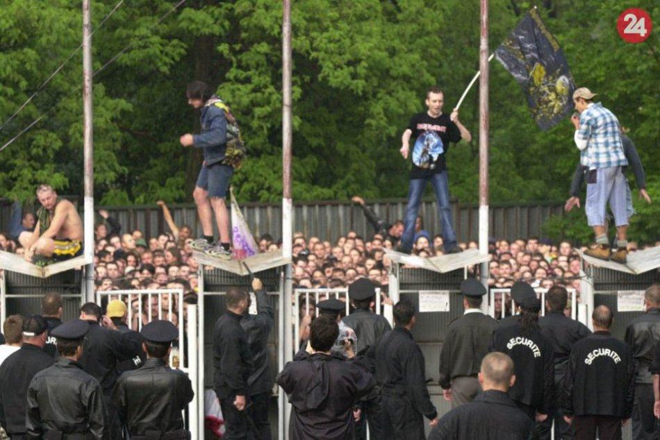 Ilustračný obrázok k článku Pred 21 rokmi zažila Bystrica hotové šialenstvo: Spomínate si na koncert Iron Maiden, FOTO