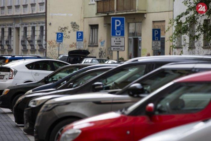 Ilustračný obrázok k článku Akým spôsobom má Zvolen prevádzkovať parkoviská? Takto reaguje ZMOS