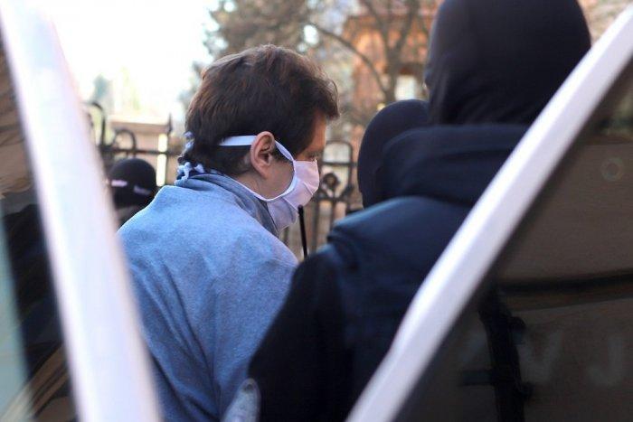 Ilustračný obrázok k článku Obžalovaný Ostružlík v kauze vraždy exprimátora Hurbanova ostáva vo väzbe