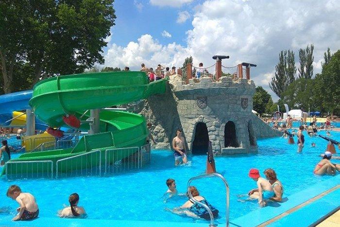 Ilustračný obrázok k článku Letná sezóna je tu: Kúpalisko Štrand spúšťa prevádzku + CENNÍK