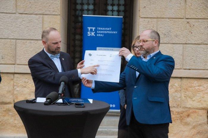 Ilustračný obrázok k článku Trnavská župa poskytne 165 tisíc eur ako prvú pomoc pre kultúru v kraji