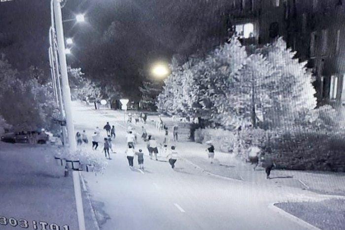 Ilustračný obrázok k článku Dve rozhádané rodiny riešili svoje nezhody: Zásah polície, padol aj výstrel!