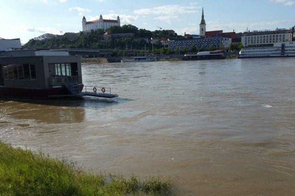 Ilustračný obrázok k článku POZOR na POVODNE! Najvyššia výstraha platí pre TENTO okres Bratislavského kraja