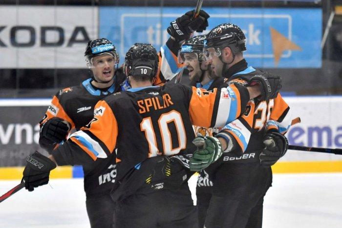 Ilustračný obrázok k článku Hokejový boom graduje: Michalovce cítia šancu na úspech