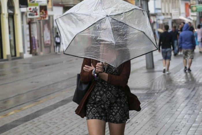 Ilustračný obrázok k článku Meteorológovia opäť strašia búrkami: Zasiahnu viaceré okresy Žilinského kraja