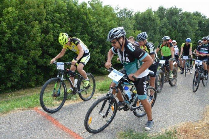 Ilustračný obrázok k článku Oprášte svoje bicykle: V Šali po roku štartuje Cyklo Tour