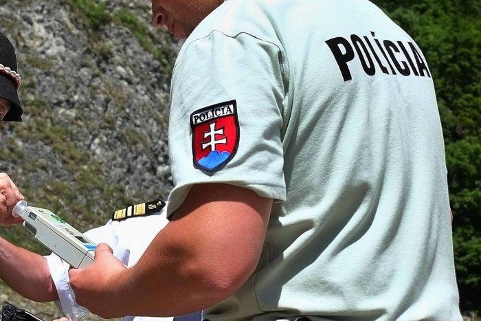 Ilustračný obrázok k článku Havária na moste v okrese Michalovce: Muž sa posilnil na cestu alkoholom!