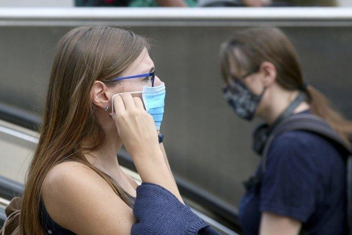 Ilustračný obrázok k článku Slovensko hlási nové prípady koronavírusu: Pribudli aj v okrese Banská Štiavnica