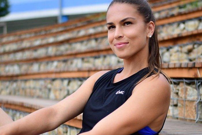 Ilustračný obrázok k článku Nádherná tenistka Škamlová sa poriadne obula do slovenského zväzu: Ten vracia ÚDER!