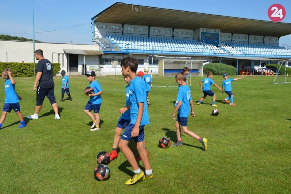 Ilustračný obrázok k článku Nové kamarátstva a poriadna zábava: Denný futbalový tábor zožal úspech, FOTO