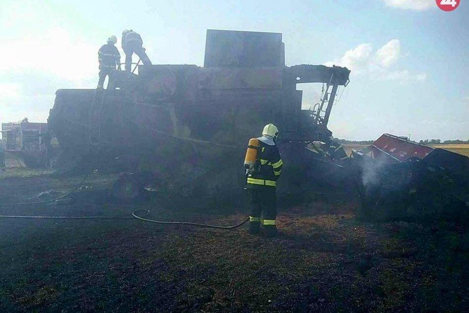 Ilustračný obrázok k článku Veľký požiar na poli: Kombajn zhorel do tla, FOTO