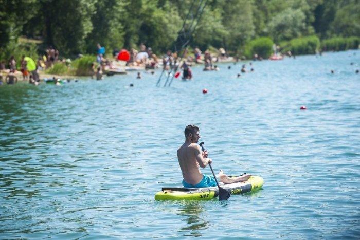 Ilustračný obrázok k článku Ktoré jazerá v Bratislave a okolí sú vhodné na kúpanie? Hygienici v tom majú jasno!