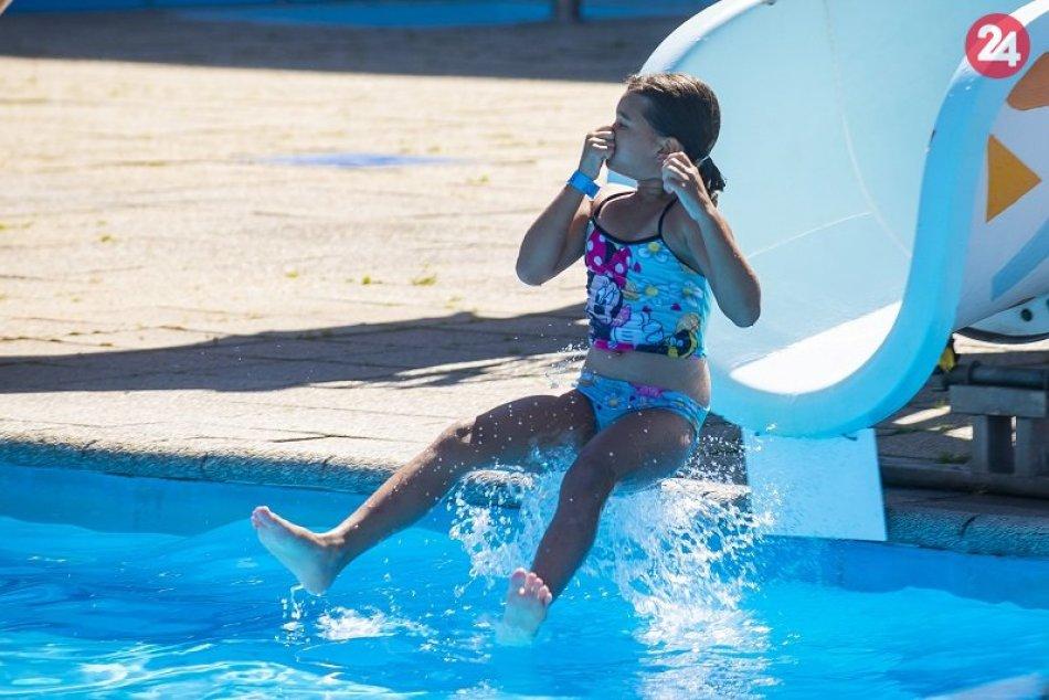 Ilustračný obrázok k článku Akvapark vo Vyhniach začal prípravy na sezónu: Kedy by sme sa mohli okúpať?