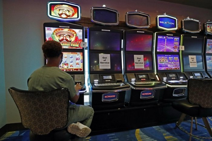 Ilustračný obrázok k článku Poslanci rozhodli: Hazardu na území mesta vystavili STOPKU