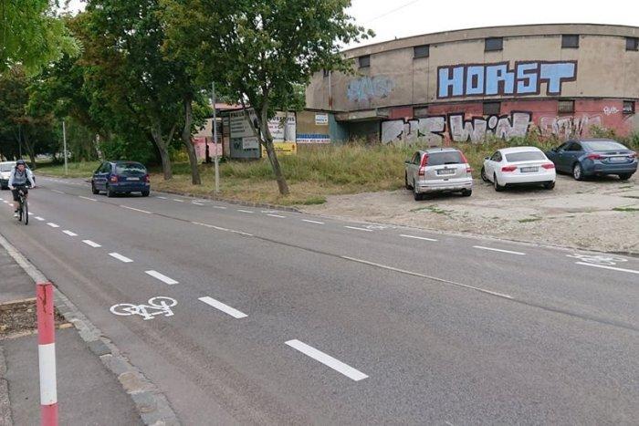 Ilustračný obrázok k článku Bratislava sa priblížila k cyklistickým veľmociam. Pribudol tu prvý ochranný pruh