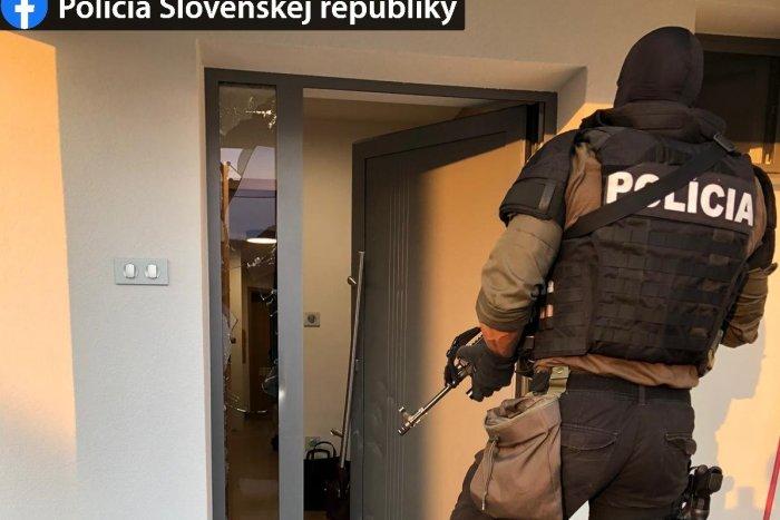 Ilustračný obrázok k článku NAKA na Záhorí zadržala bývalého funkcionára Finančnej správy