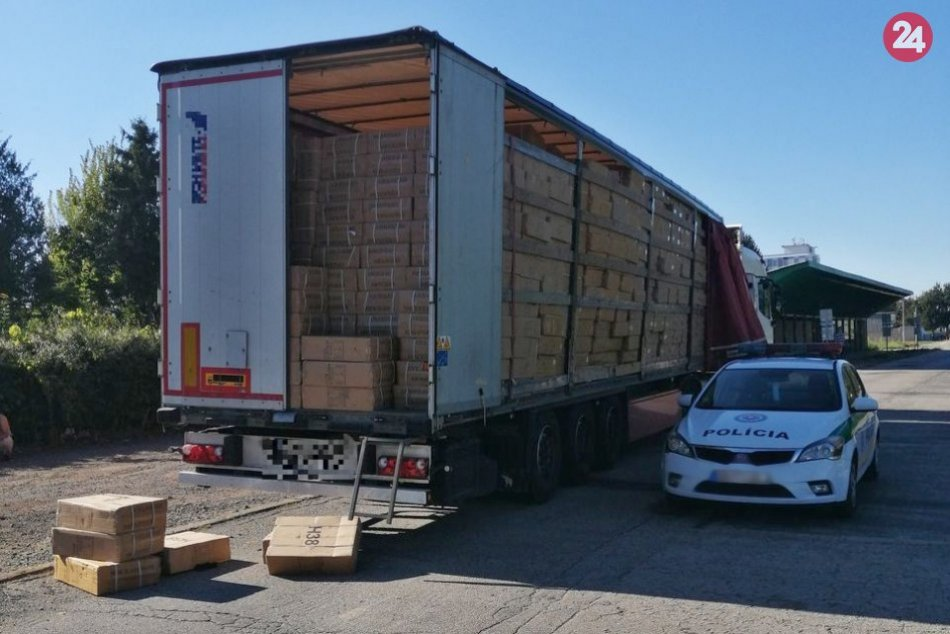 Ilustračný obrázok k článku Nelegálnych migrantov objavili v kamióne: Policajti im prekazili cestu do Nemecka