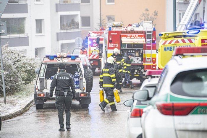 Ilustračný obrázok k článku Byt v Brezne zachvátili plamene: Zasahoval aj evakuačný autobus