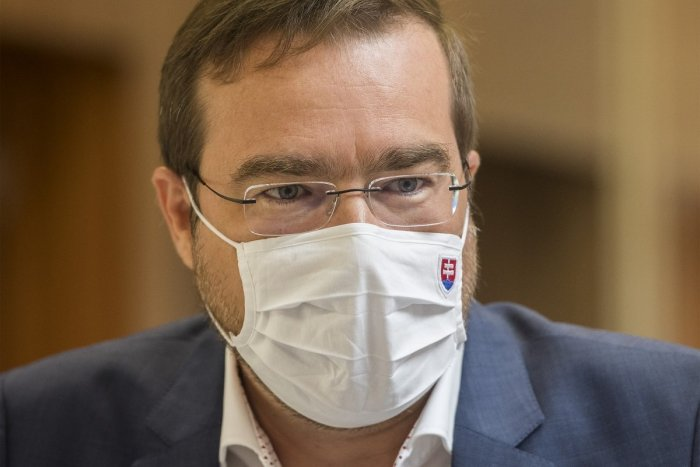 Ilustračný obrázok k článku Krajčí to povedal narovinu: Situácia bude zlá, ideme českou cestou
