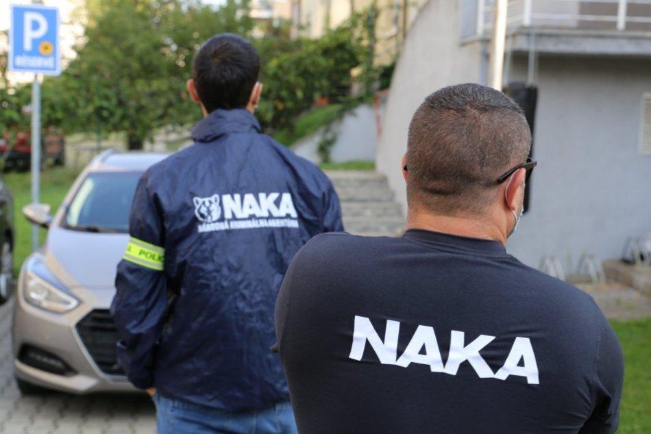 Ilustračný obrázok k článku Zásah NAKA: V rukách polície mal skončiť aj bývalý šéf daňového úradu v Nitre!