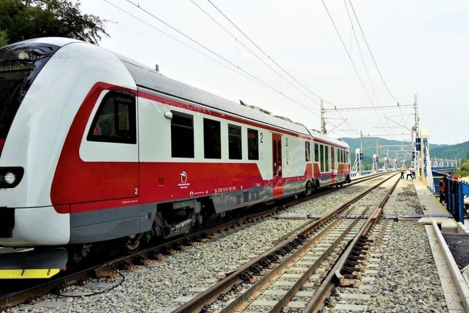 Ilustračný obrázok k článku Minister Doležal o TERMÍNOCH na železnici: V Milochove sa vynoril nový problém