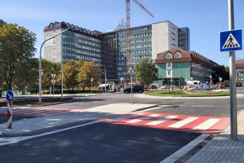 Ilustračný obrázok k článku Známa popradská križovatka po premene: VIDEO z otvorenia nového kruháča
