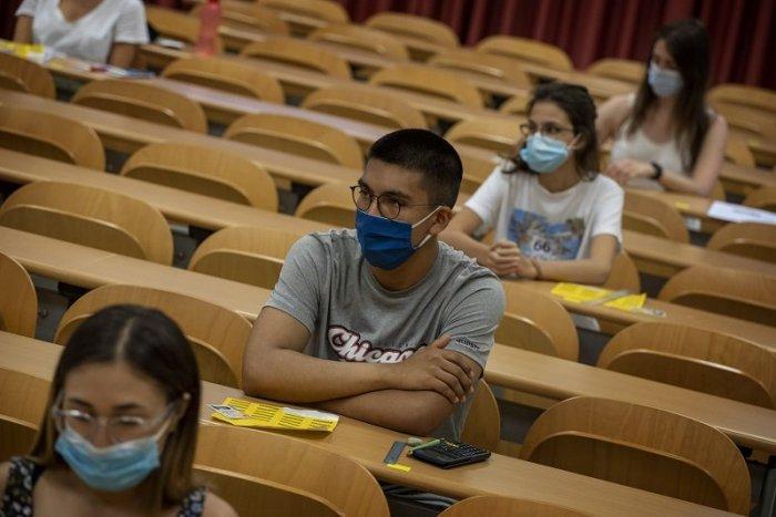 Ilustračný obrázok k článku Vysokoškoláci sa vracajú do škôl. Netýka sa to všetkých