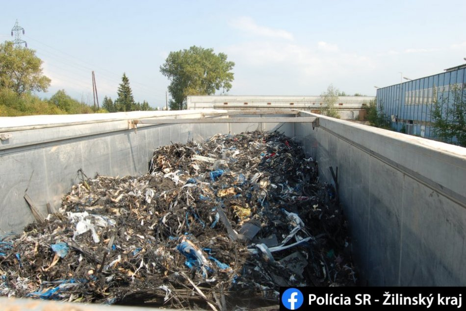 Ilustračný obrázok k článku Polícia v Martine odhalila nelegálnu skládku: Poliak skončil vo väzbe