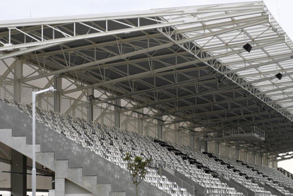 Ilustračný obrázok k článku Svitá futbalu na lepšie časy? FC Košice sa dohodlo s mestom na prenájme arény