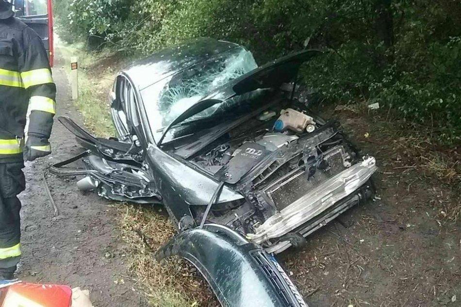 Ilustračný obrázok k článku Vážna nehoda na východe: Autobus sa zrazil s osobným autom, FOTO