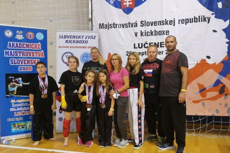 Ilustračný obrázok k článku Medailová žatva revúckych kickboxerov: Bodovali aj na majstrovstvách Slovenska, FOTO