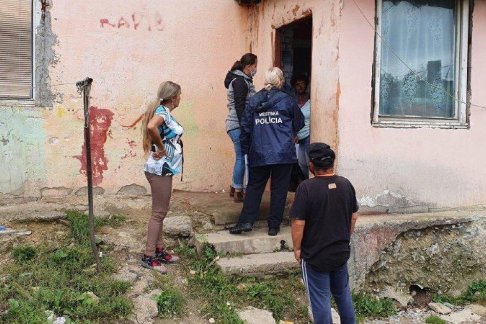 Ilustračný obrázok k článku Incident v rómskej osade: Údajný útok policajta voči deťom stále prešetrujú