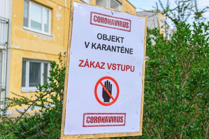 Ilustračný obrázok k článku V obci pri Revúcej majú o starosť naviac: Bytový dom musí byť v karanténe