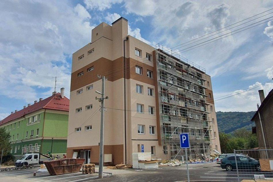 Ilustračný obrázok k článku Nová bytovka aj zdravotné stredisko s ambulanciami: V Plešivci panuje stavebný ruch, FOTO