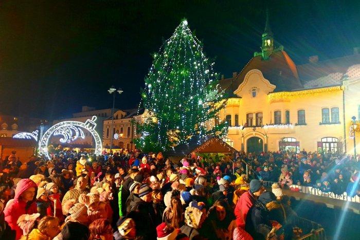 Ilustračný obrázok k článku Vianoce v Topoľčanoch budú! Vychutnáme si punč a aj príchod Mikuláša