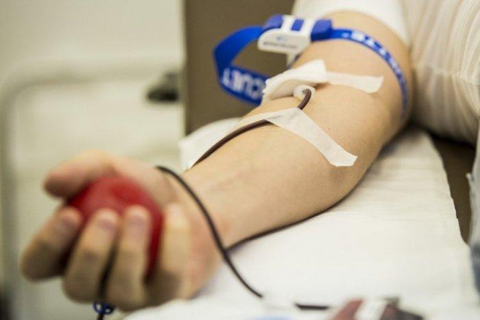 Ilustračný obrázok k článku Zamilovaní môžu lásku prejaviť netradične: Nemocnice na Zemplíne potrebujú krv