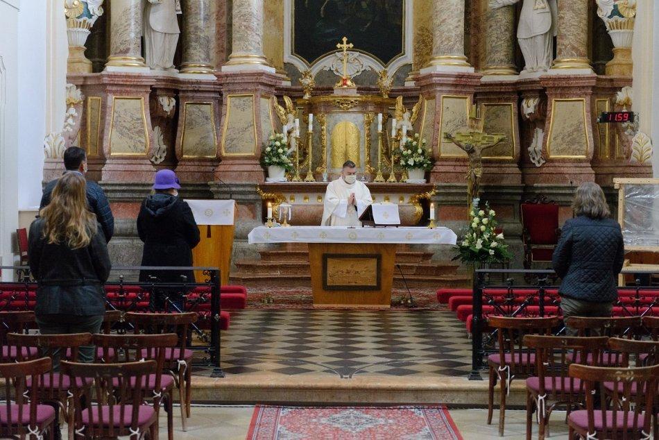 Ilustračný obrázok k článku Nitrianske biskupstvo dvíha varovný prst: V cirkevných objektoch pribúdajú krádeže!