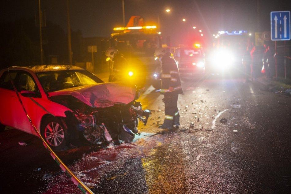 Ilustračný obrázok k článku Pri Žiari došlo k nehode auta: Na mieste zasahujú všetky záchranné zložky
