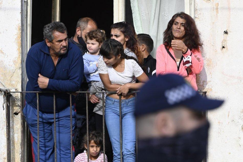 Ilustračný obrázok k článku Na zlepšenie života rómskych komunít idú milióny eur: Pomoc smeruje aj do okresu Brezno