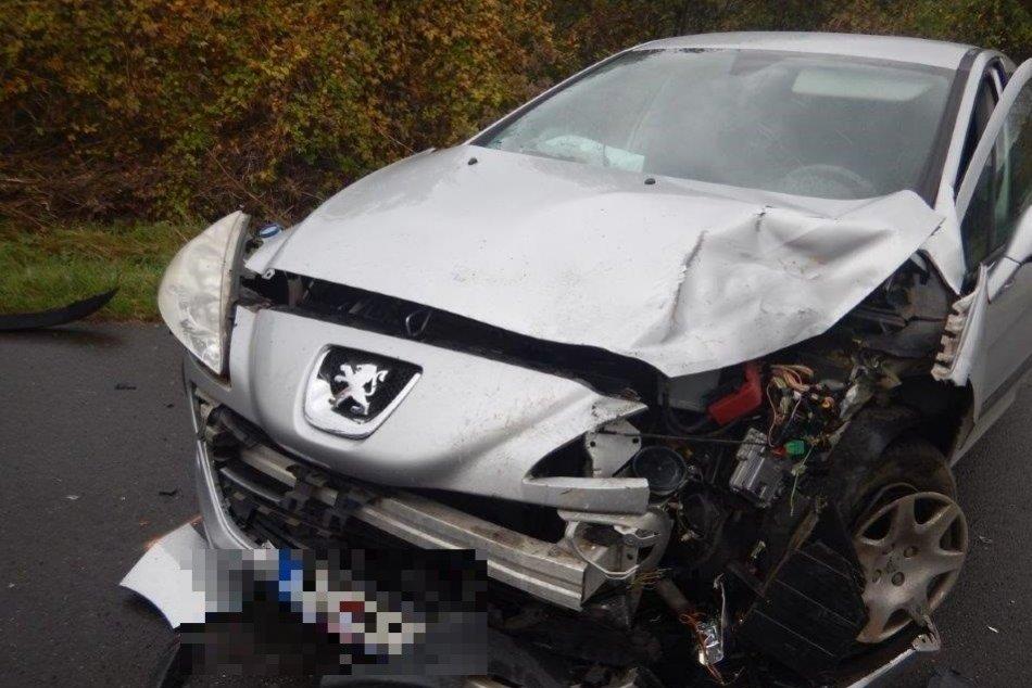 Ilustračný obrázok k článku V Revúcej došlo k nehode: Zranenú osobu ratujú záchranári